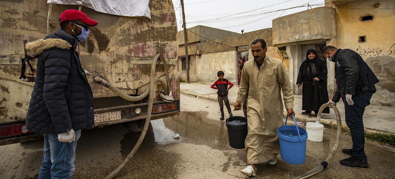 UNICEF entrega agua durante la pandemia en áreas de Siria afectadas por el conflicto.