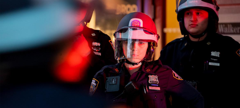 Agentes de policía de Nueva York durante las protestas contra el racismo tras la muerte del ciudadano de origen afroamericano George Floyd.