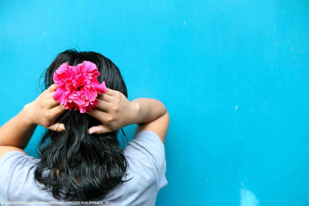 Millones de niños y niñas son vícitimas de explotación sexual. Foto UNICEF/NYHQ2011-2384 Giacomo Pirozzi, Philippines 2011