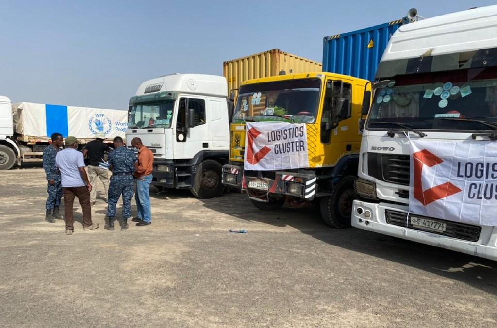 Un convoy de 50 camiones lleva ayuda humanitaria a la región etíope de Tigray.