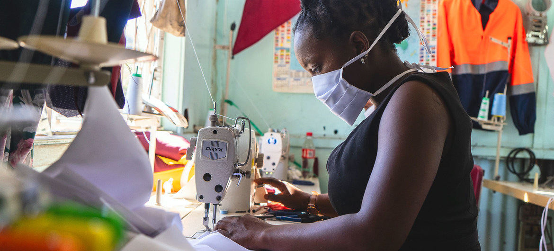 Los negocios pequeños liderados por mujeres han sido muy afectados por la crisis del COVID-19.