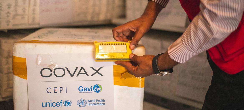 Una entrega de dosis de la vacuna  contra la COVID-19 proporcionada a través del Mecanismo COVAX en Goma, en el este de la República Democrática del Congo.