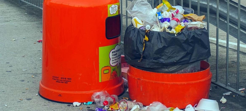 Cada año se tiran a la basura más de 900 toneladas de alimentos