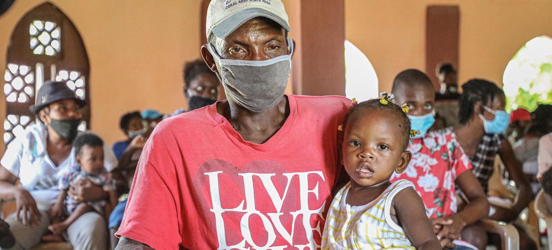 En países con escaso acceso a las vacunas contra el COVID-19, como Haití u Honduras, la pandemia está expandiéndose.