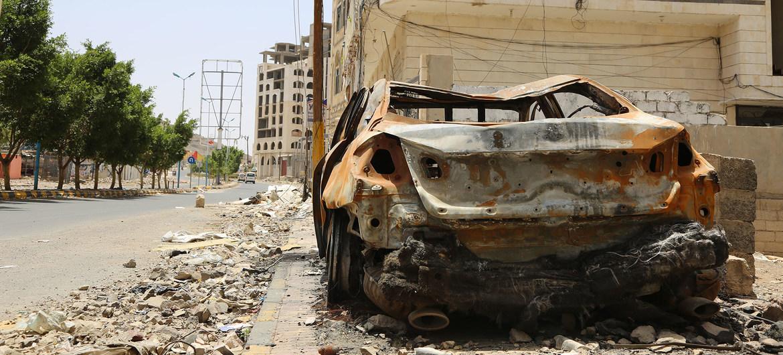 Un barrio yemenita de Faj Attan es afectado regularmente por los bombardeos aéreo. Casi toda su población se ha ido.